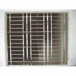 Modern Powder Coated Stainless Steel Windows, Size/Dimension: 5 X 3 Feet