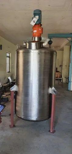 All ss 304 grade 2kl mixing tank