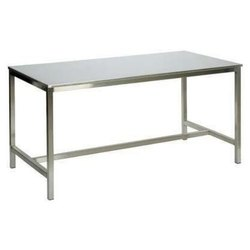 Silver Ss Restaurant Table, Size: 6x3x4.5 Feet