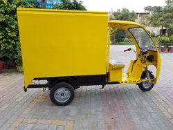 Battery Operated Electric Rickshaw Loader