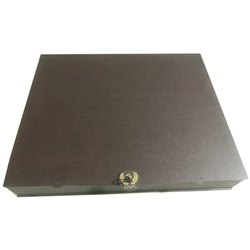 Single Wall - 3 Ply Rectangle Brown Wooden Box, For Cosmetic, Box Capacity: 2 kg