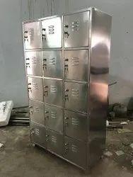 Key Lock Stainless steel Employee Locker, For Industrial
