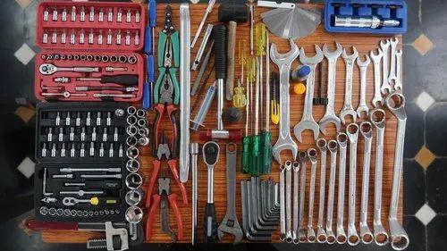 Four Wheeler Garage Equipment