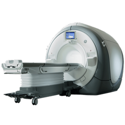 GE Signa 1.5T HDxt MRI Machine