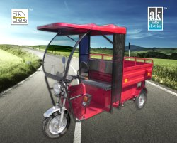 Kinetic Green Auto Rickshaw & Loader