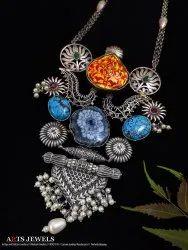 Antique Sliver Look Alike Necklace