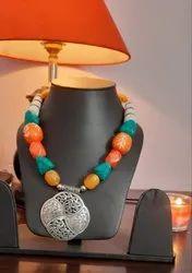 Silver Designer Necklace Set, Size: Standard