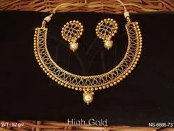 Gold Antique Necklaces Set