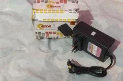 Verse Black 12 Volt 1.5 Amp Adaptor, For Electronic Instruments