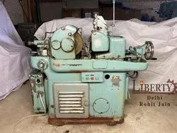 TOS Centerless Grinding Machine