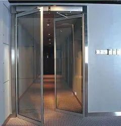 Plain Aluminium Automatic Swing Door, For Office