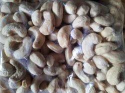 Raw White W320 Cashew Nut, Packaging Size: 1 kg