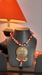 Metal Red & Silver Bead Pendant Necklace