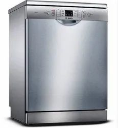 Installation Type: Freestanding Bosch 12 Place Settings Dishwasher SMS 66GI01I, Water Consumption(Litre): 9.5