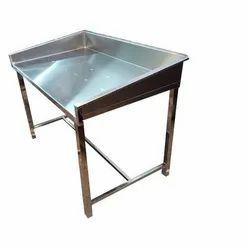 Polished SS Parota Work Table, Adjustable Nylon Bush, Size: 3 Feet