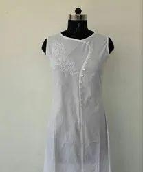 Chikan Hand Embroidered Sleeveless Long kurti