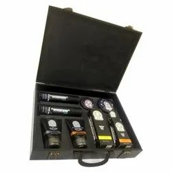 Hand Handled Black Coloured Wooden Suitcase Box, For Casual Wear, Size: 11x9x2.50 Inch