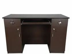 Brown Rectangular Wooden Drawer Office Table, Size: 2.6 X 4 X 2 Feet