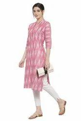 Women Printed Straight Cotton Kurta(Pink)