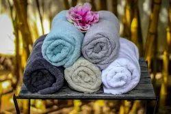 Plain Bamboo Fabric Towel, 550-650 GSM, Size: 70*140 Cm