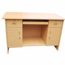 Wooden 1 Office Tables, Size: 5X2.5, Brown