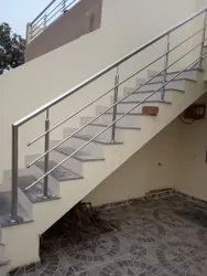 Stainless Steel Hand Railing, For Home, Mounting Type: Stair