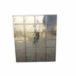 Stainless Steel Storage Cabinet, Size/Dimension: 7*6 Feet