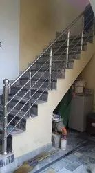 Silver 304 Stainless Steel Staircase Railing, For Home, Hotel