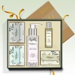 byPureNaturals Body Beautiful Gift Box For Diwali Or Any Occasion