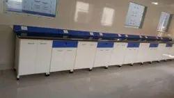 MS Chemistry Lab Bench