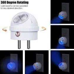 0.5W LED Night Lamp Bulb With 360 Degree Rotate Automatic On/Off Smart Sensor