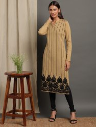 Janasya Women's Beige Woolen Kurta(J0286)