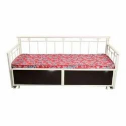Wooden Sofa Bed, For Living Room, Size: 6x3 Feet