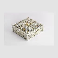 MeLANgE Silver Enameled Square Jewellery Box-JB1028, For Gift Item And Personal Use, 14x14x7 Cm