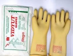 unbranded White Insulated Hand Gloves, Size: Medium