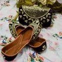 Punjabi Jutti Latest Collection With Matching Clutch