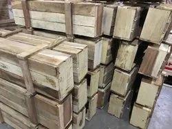 Brown Hardwood Rectangular Wooden Box, Thickness: 5-10mm