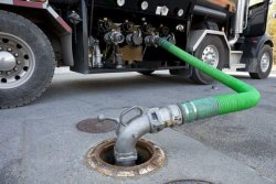SEPTIC TANK CLEANING SERVICE