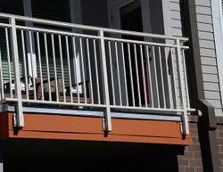 Deck Silver Stainless Steel Balcony Railing, For Home, Material Grade: Grade 202