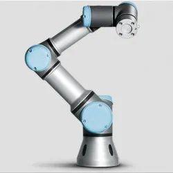 Universal Collaborative Robots