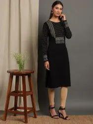 Janasya Women's Black Woolen Kurta(J0261)