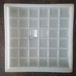 36 Dabbi Chequered Tile Moulds