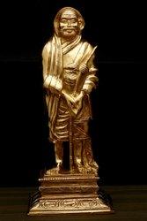 Kanchi Maha Periyava Statue