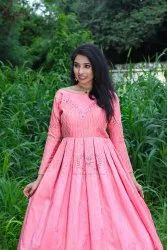 Pink Embroidery Pre Wedding Dress With Hand Work, Size: Free