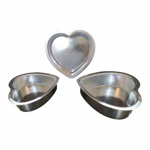 Aluminium Heart Shape Cake Mould