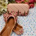 Off White Jutti With Thread Work Matching Clutch