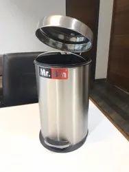 SS 202 Plain Pedal Bin With Plastic Bucket