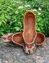 Fancy Flower Leather Punjabi Jutti