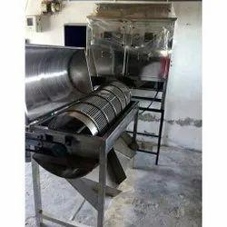Nuts Peeling Machine