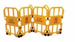 KTI黄色屏障-可折叠/可膨胀,6.5 Kg,尺寸:2600 L X 1050 H(mm)